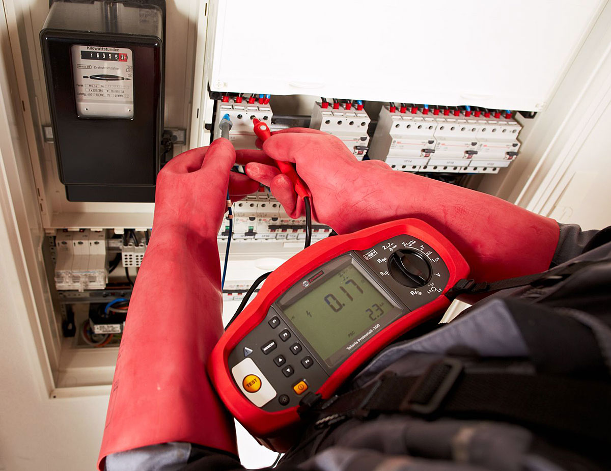 wielofunkcyjne testery instalacji elektrycznych amprobe   szybkie i