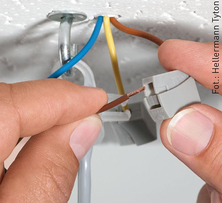 следующей расценки проводку точечных светильников и их установку поможет