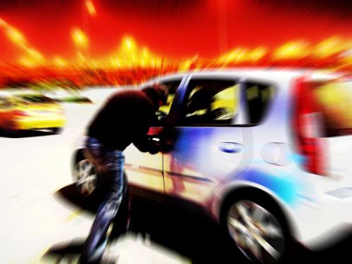 jak-uchronic-sie-przed-kradzieza-samochodu