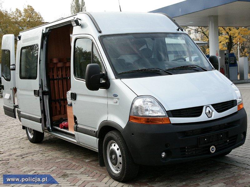 specjalistyczne-furgony-dla-polskiej-policji